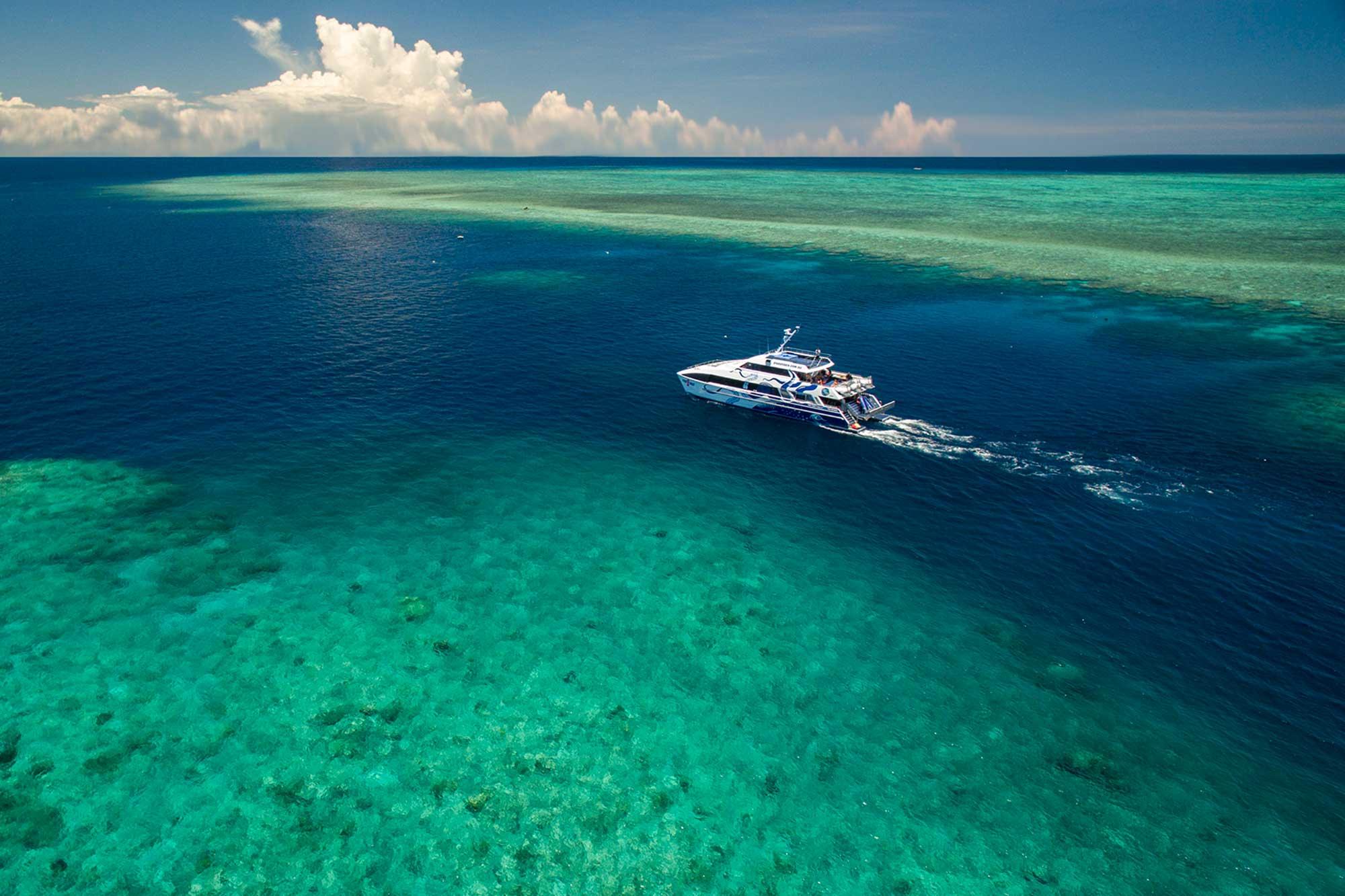 Deep-Sea-Divers-Den
