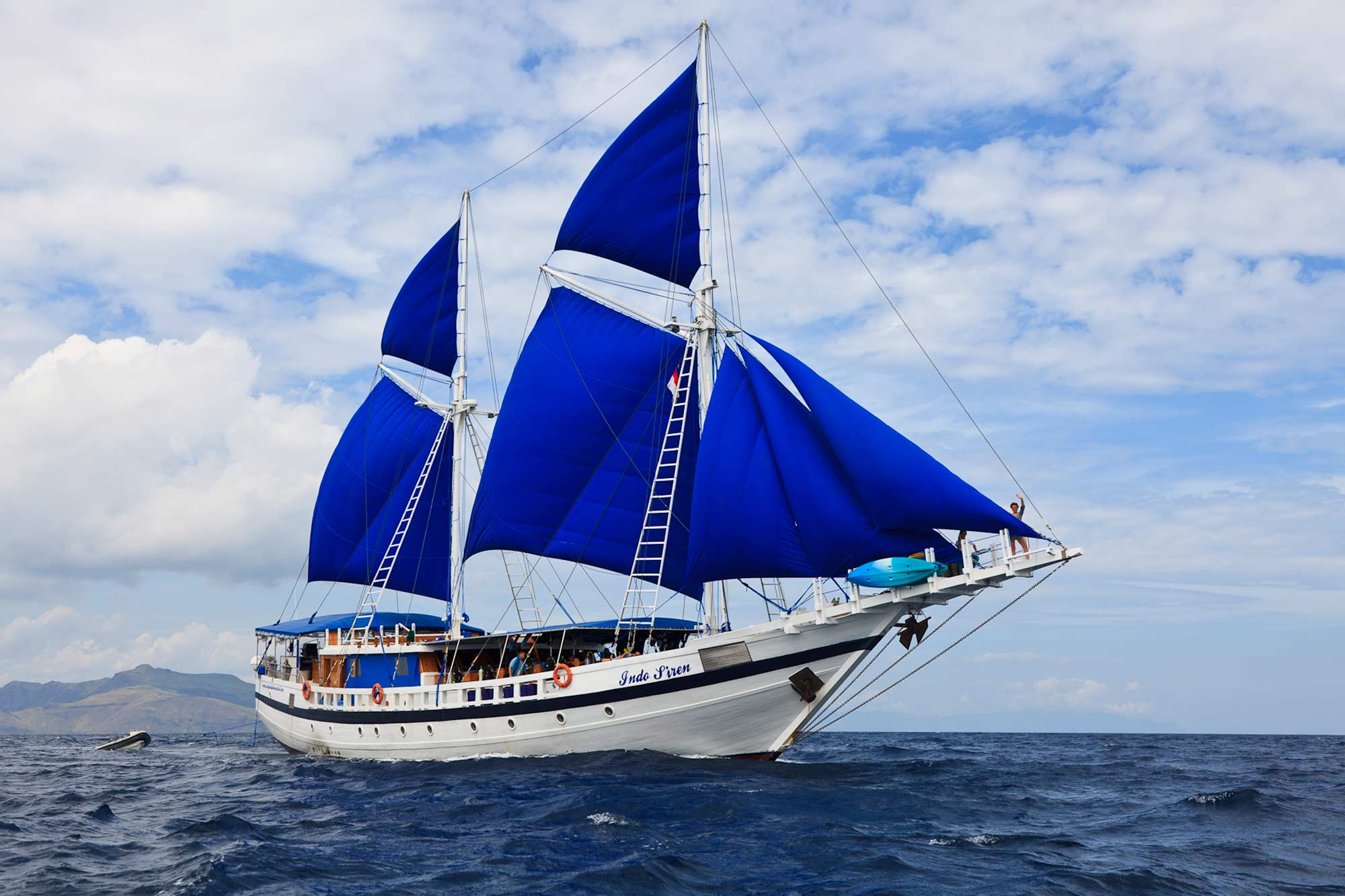 SY-Indo-Siren-Liveaboard