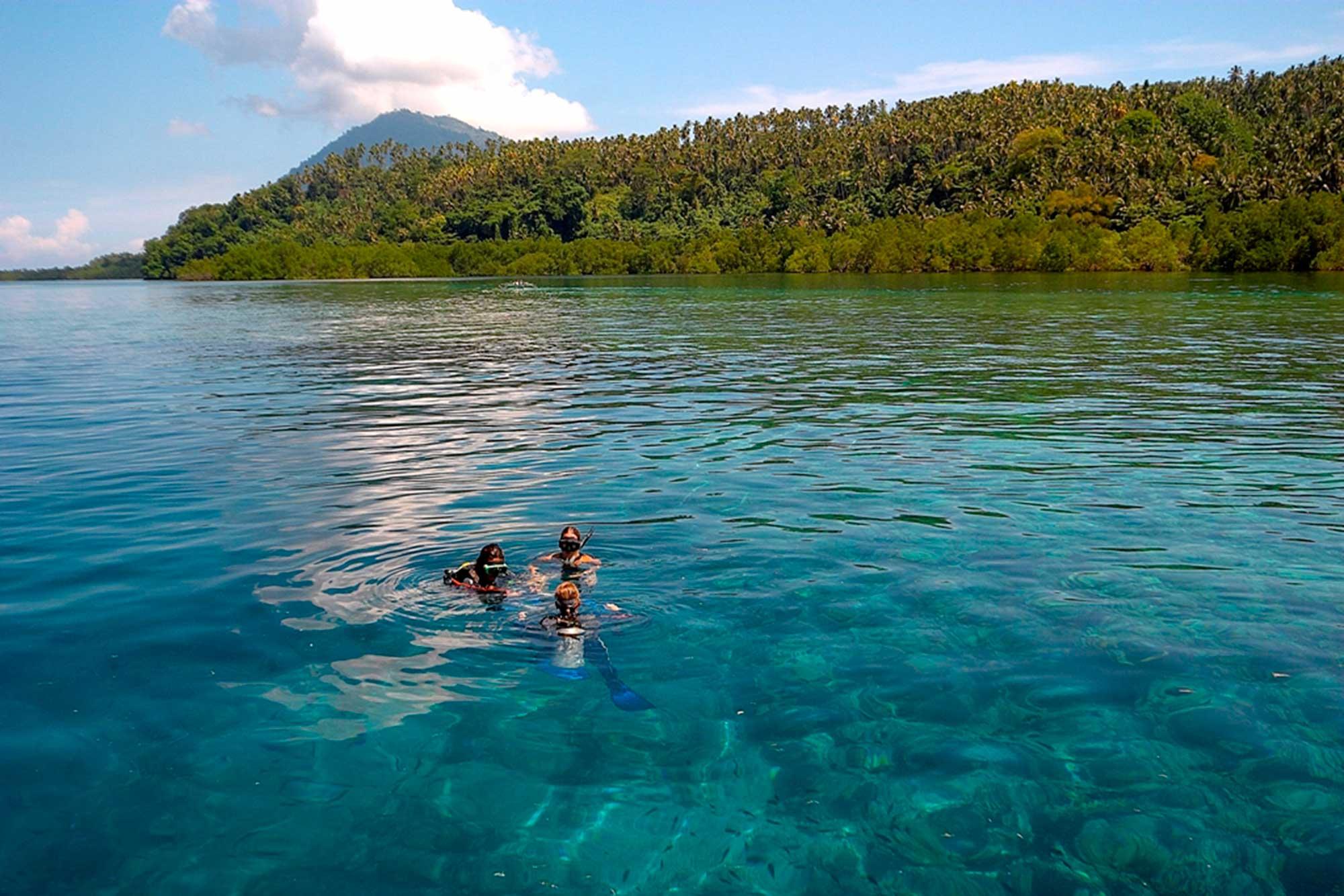 Two-Fish-Divers-Resort-Bunaken