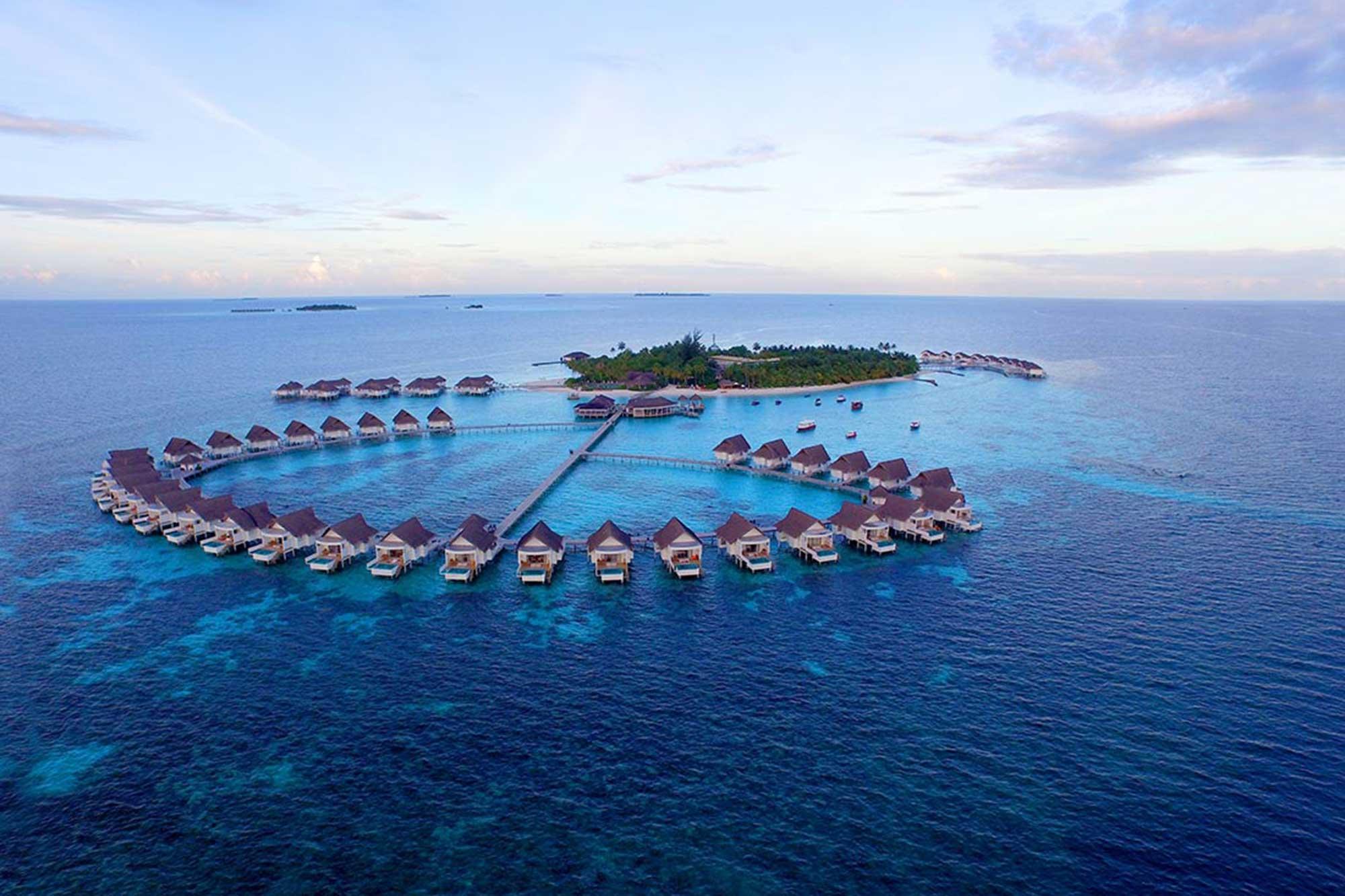 Centara-Grand-Island-Resort-&-Spa